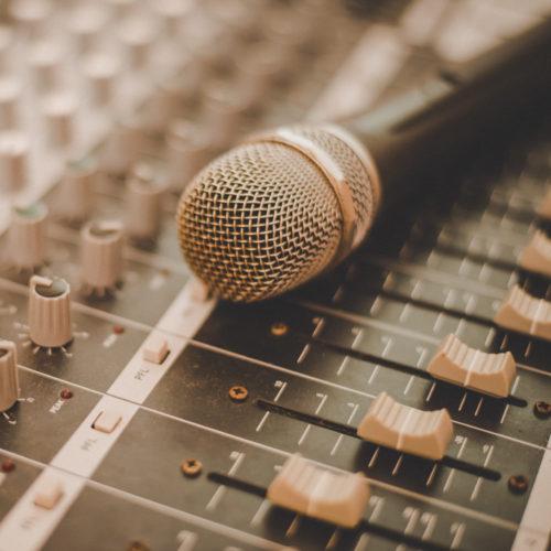 Zajištění ozvučení a služby nahrávacího studia